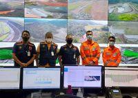 Defesa Civil e  Corpo de Bombeiros visitam o centro de controle de barragens da Samarco em Mariana