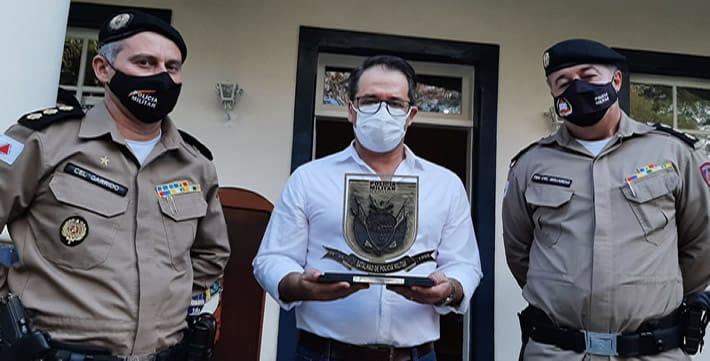 Glaycon Franco entrega viaturas ao 31º Batalhão da Polícia Militar