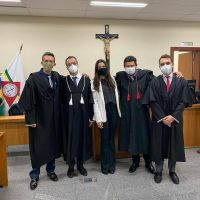 Advogados de Defesa dos acusados de assassinar jovem a tiros em São Gonçalo vão recorrer da decisão do júri