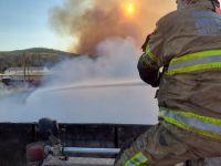 Corpo de Bombeiros combate incêndio em vegetação