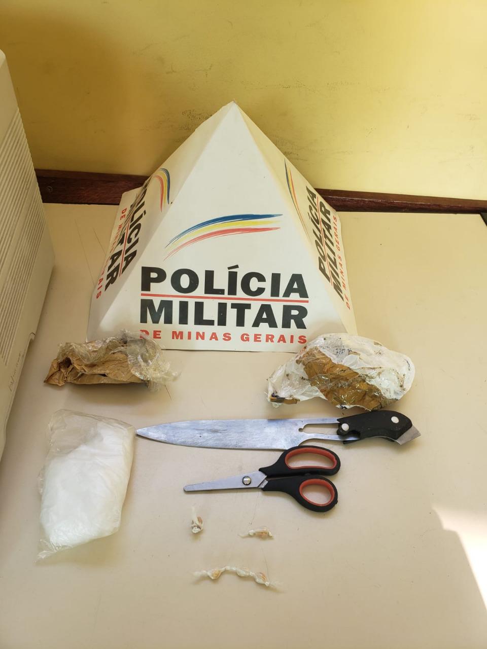 Acusado de tráfico é preso após militares encontrarem drogas em sua residência